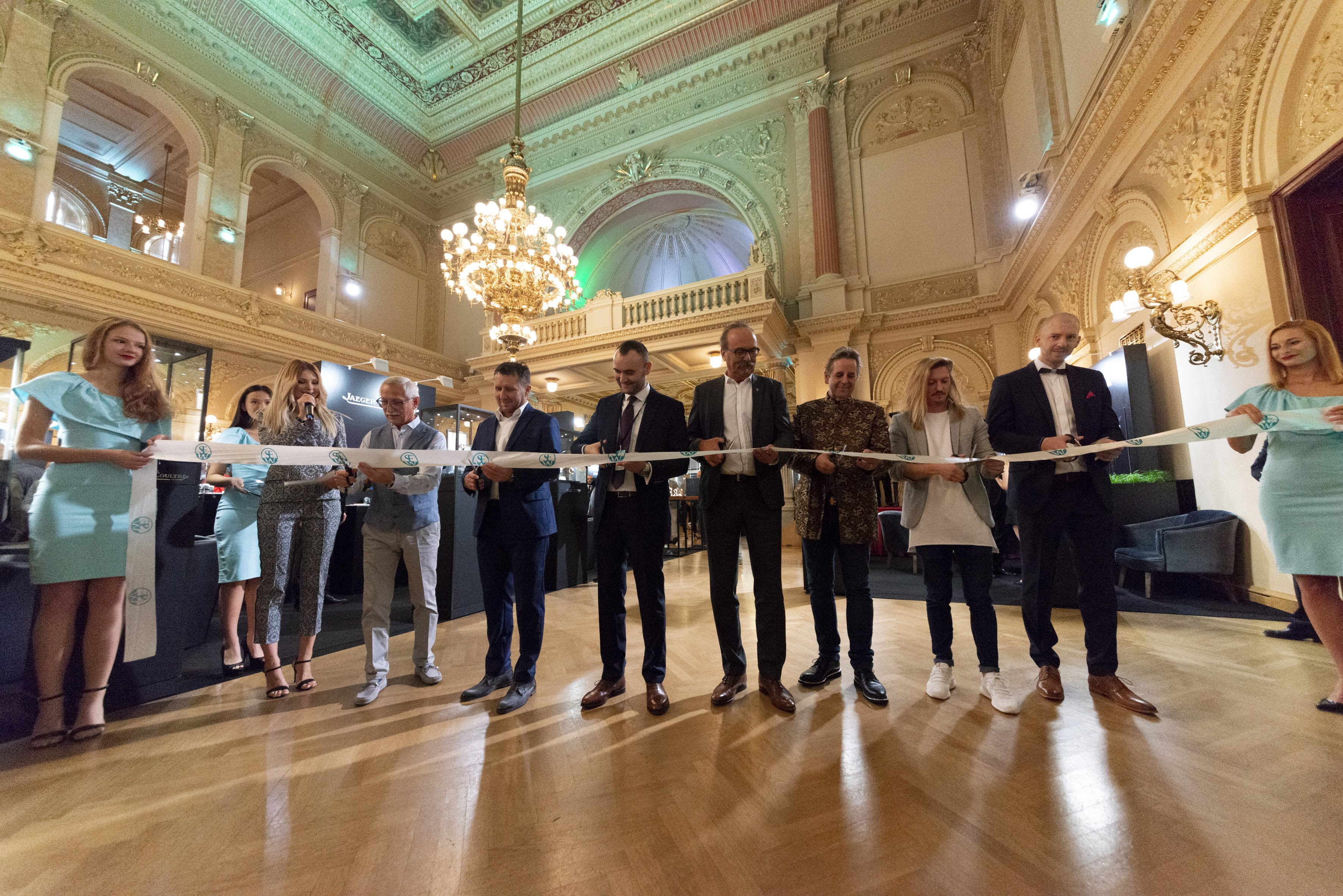 SEW – úspěšná pražská premiéra